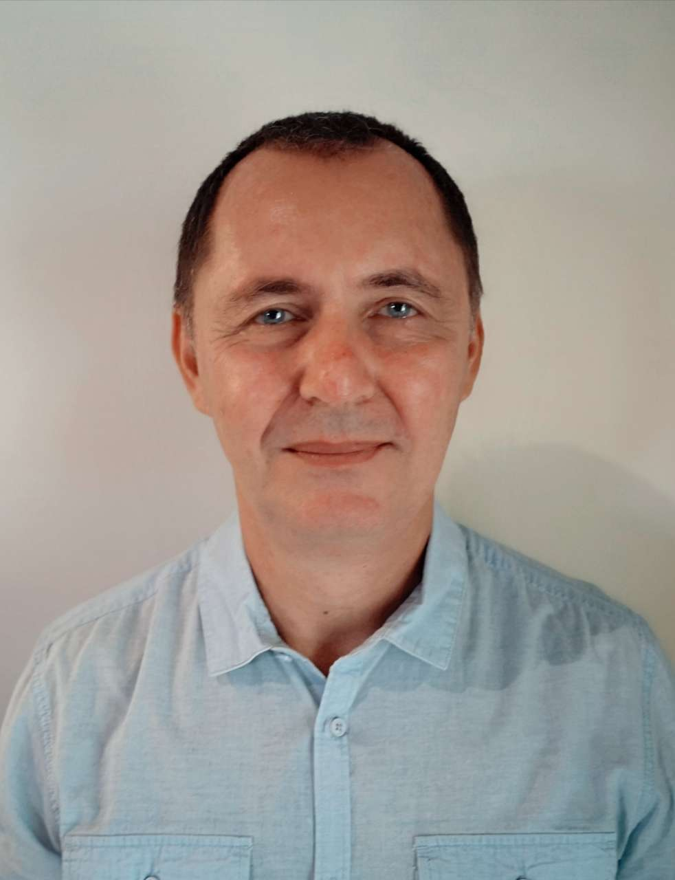 DR STEPHANE GHEZ